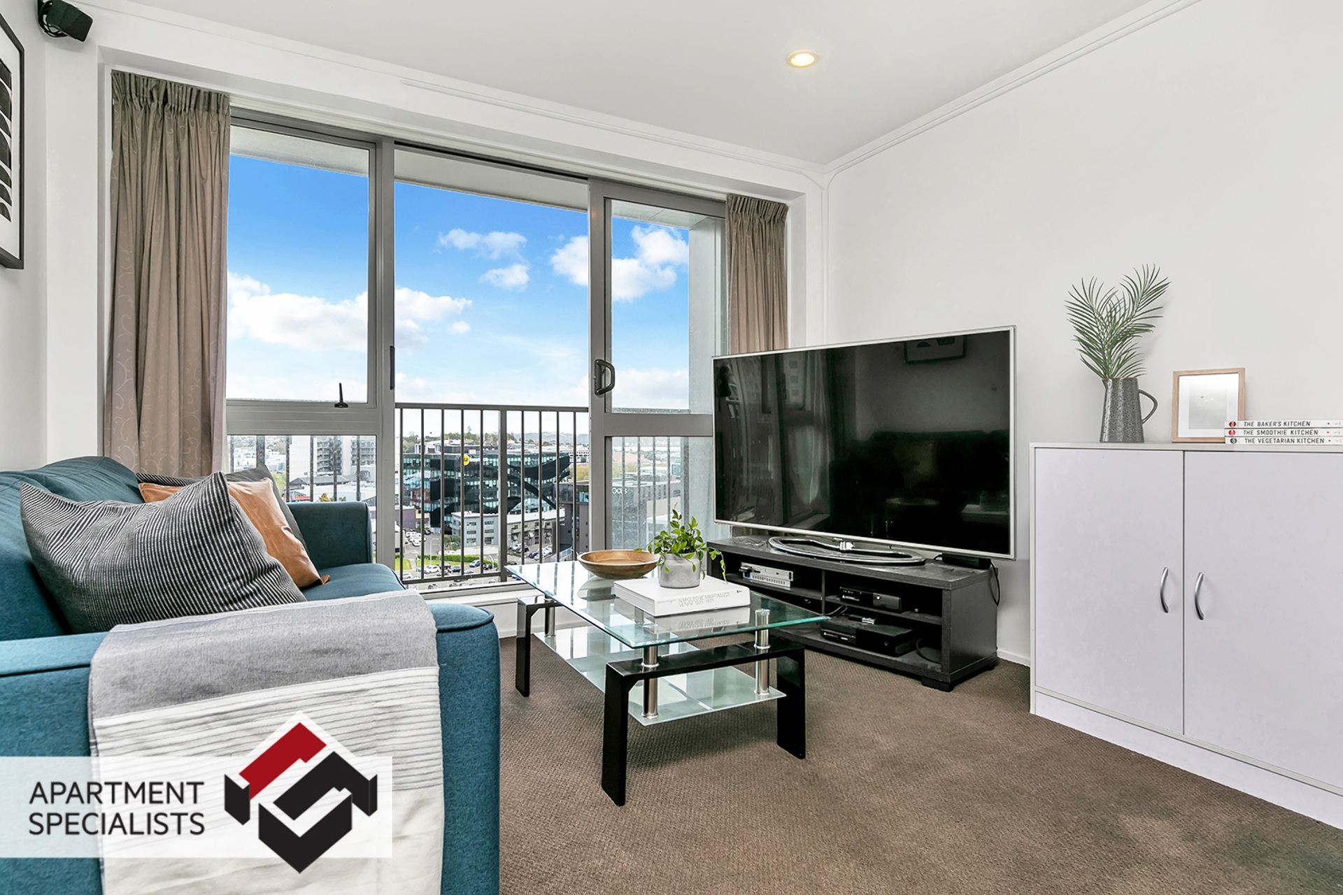 2 | 53 Cook Street, City Centre | Apartment Specialists