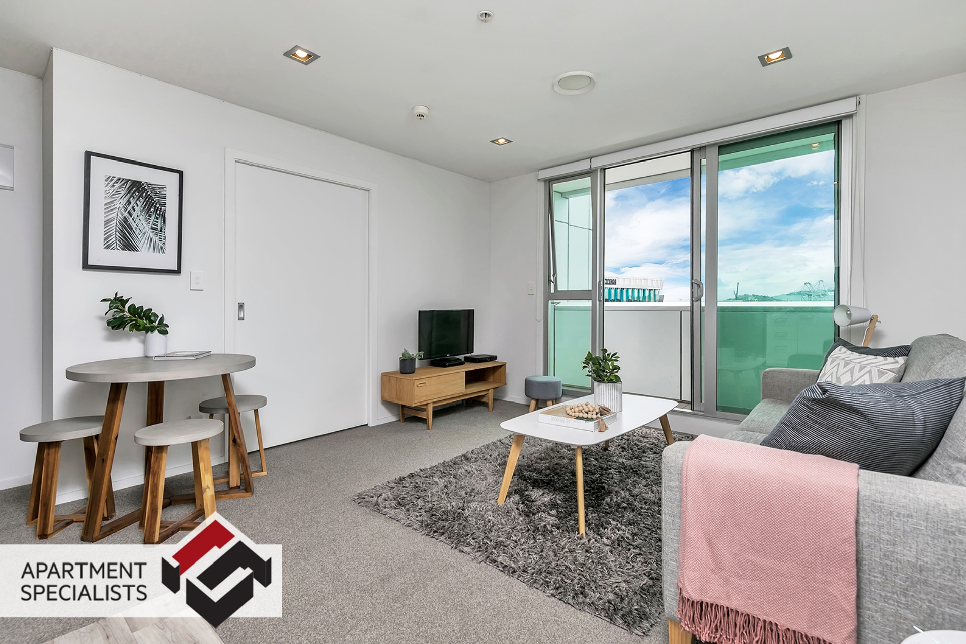 0 | 85 Beach Road, City Centre | Apartment Specialists