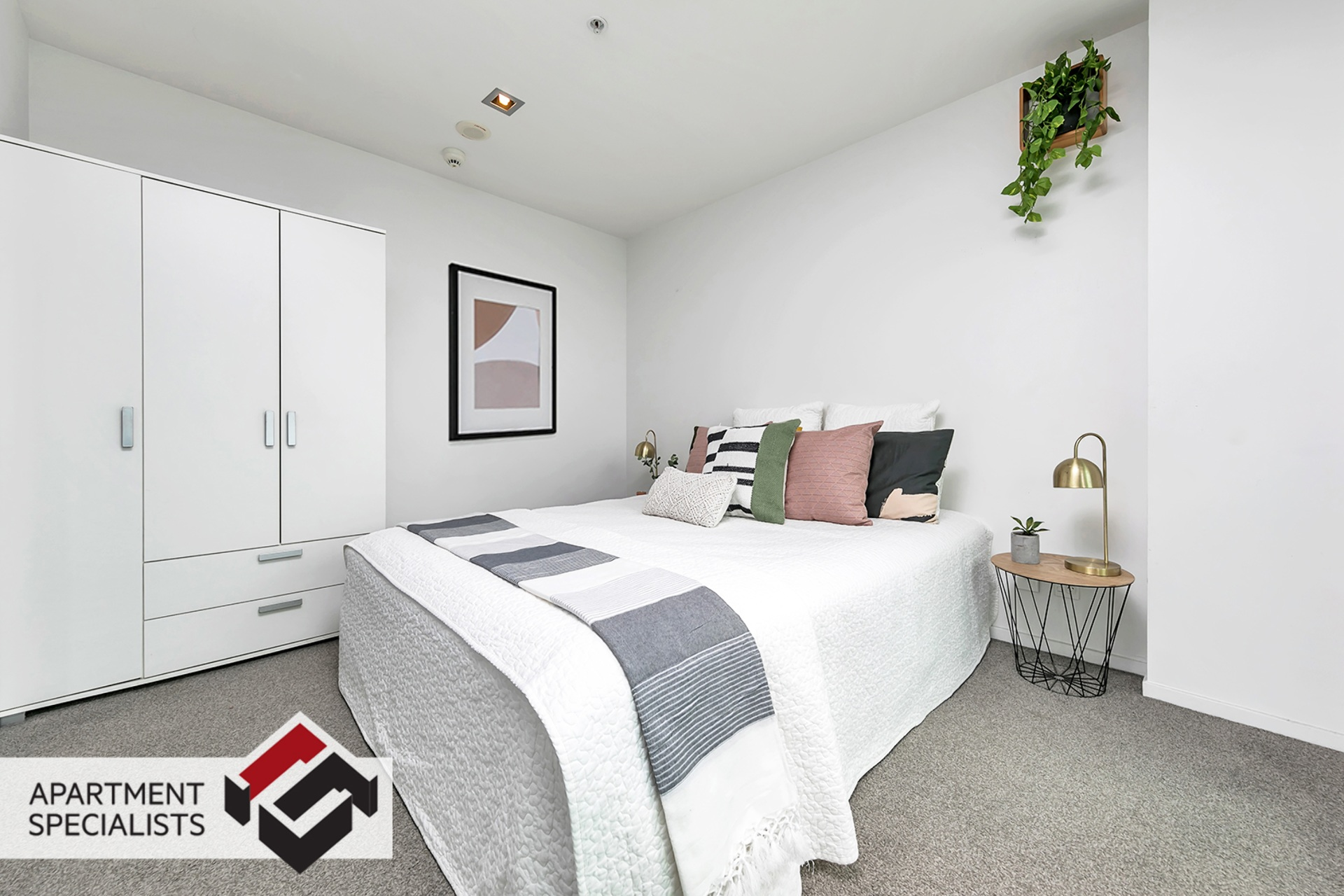 11 | 85 Beach Road, City Centre | Apartment Specialists