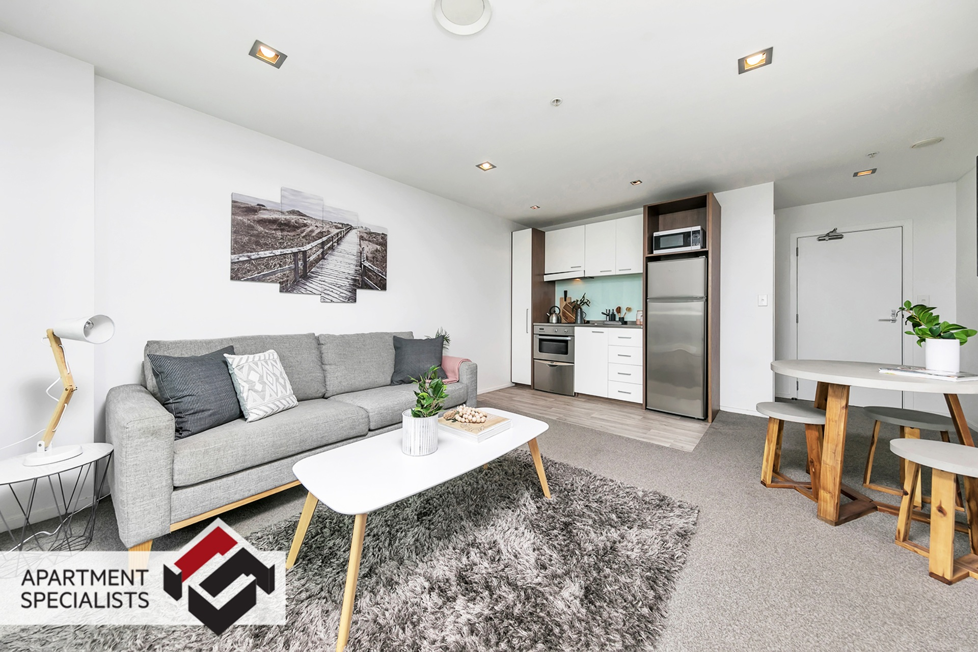 8 | 85 Beach Road, City Centre | Apartment Specialists