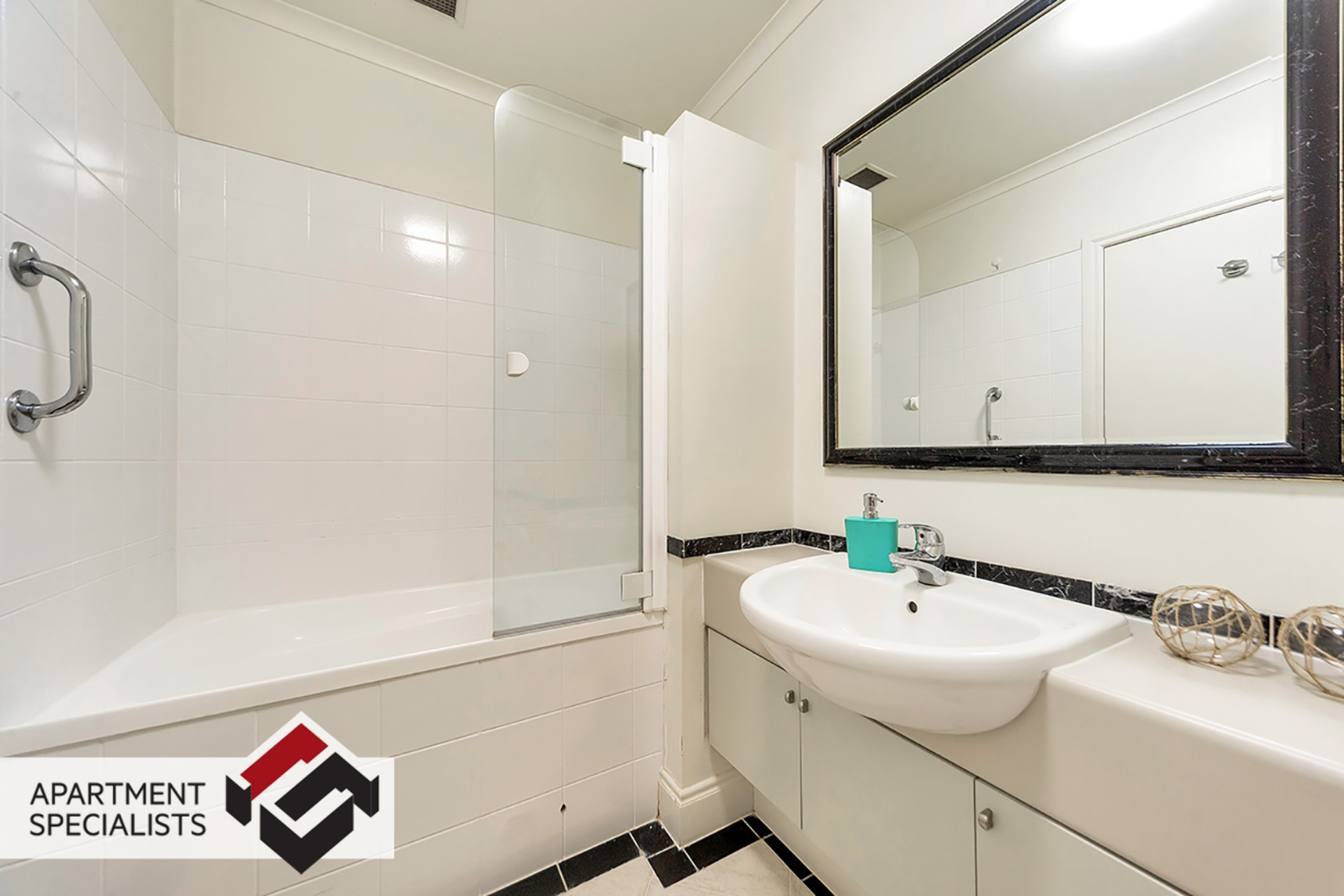 7 | 171 CBD, City Centre | Apartment Specialists