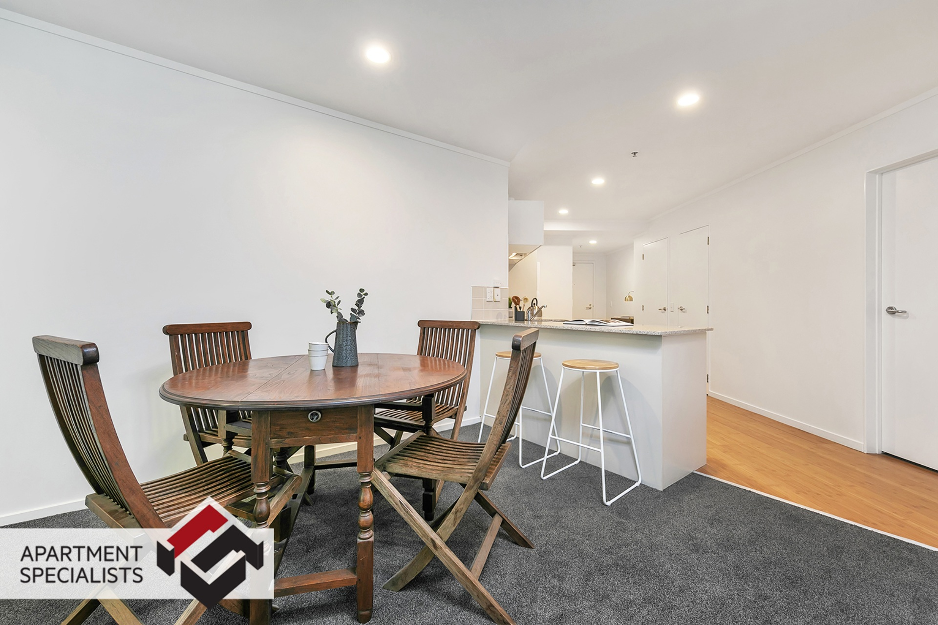 5 | 6 Whitaker Place, City Centre | Apartment Specialists